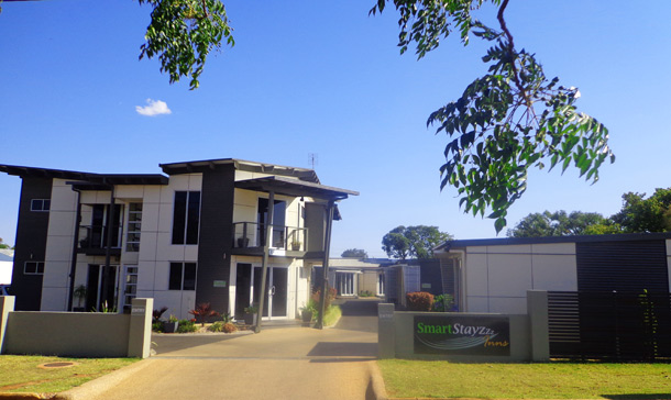 Smart Stayzzz Inns - 43 Box St, Clermont QLD 4721